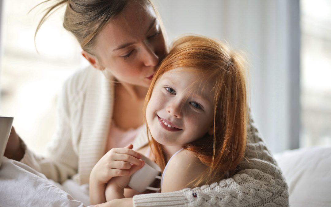 Cum sprijini emoțional copilul în timpul crizei COVID-19?